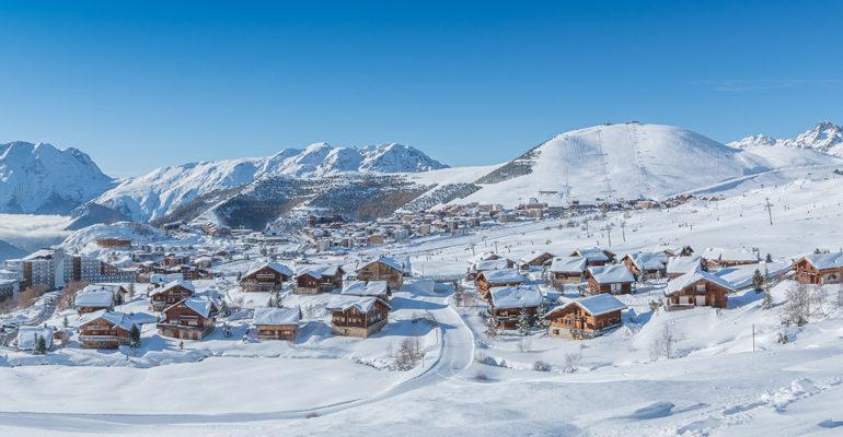 L'Alpe d'Huez : une destination à la croisée des chemins